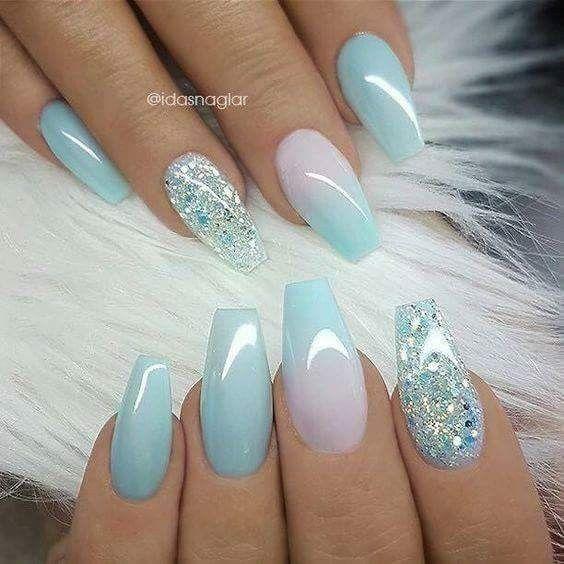 magnifiques ongles nuances de bleus