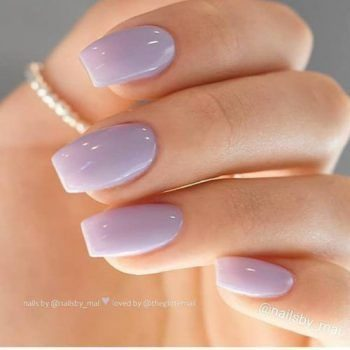 ongles mauves