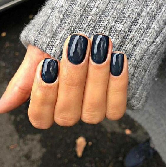 magnifiques ongles noirs