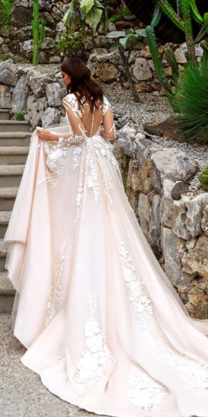 robe chrystal design