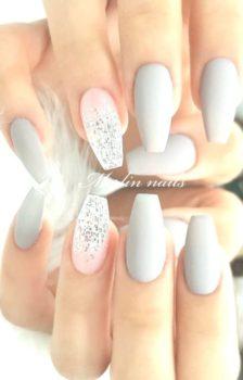 ongles bleu
