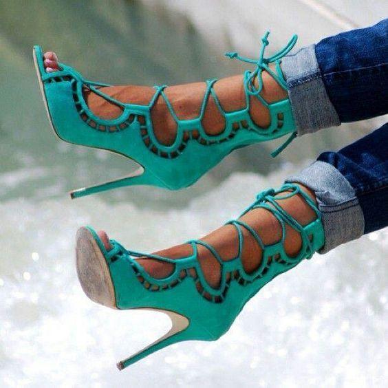 talons bleu turquoise