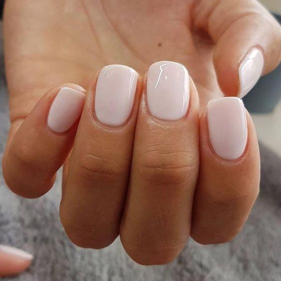 ongles pales