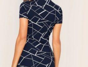 robe bleu géométrique